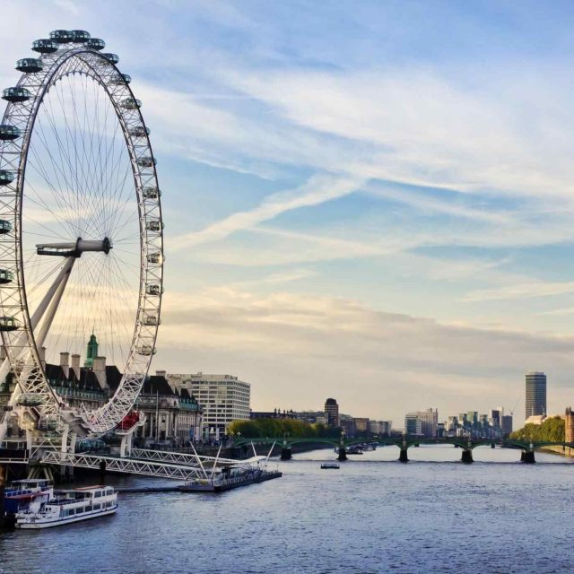 https://balisankaratours.com/wp-content/uploads/2018/09/destination-london-01-640x640.jpg
